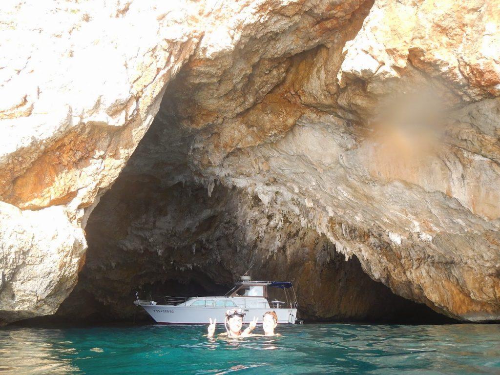 Pesquera Xabia cueva Llop Marí